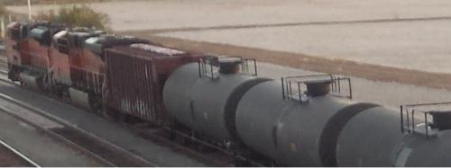 oil_railcars_everett_800_300